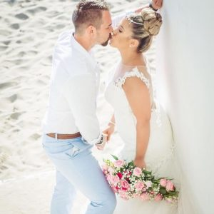 I met this Bride on her wedding day at Ocean Beach hotel , we did hair and make up without prior  trial however with an online prior consultation, location in front of Es Vedra , photography and video courtesy of Ibiza StarFilms, worth checking their website .