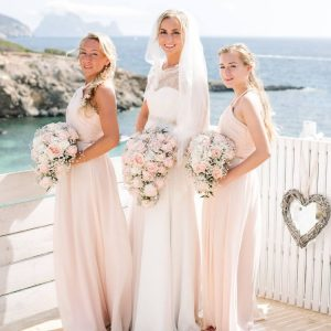 Hair and Make Up prep took placeat Torre Del Mar hotel near Playa den Bossa , wedding venue at Elixir Club Shore, ceremony at Es Cubells, pictures by Eva Krupier from Ana Lui studio.
